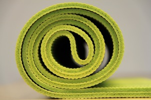 yoga-940359_1920