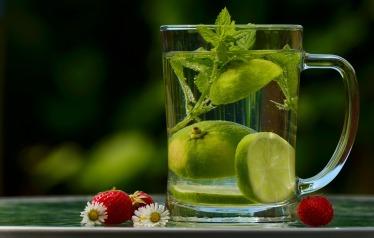 eau tiède ayurvéda sante