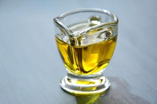 olive-oil-3326715_1920