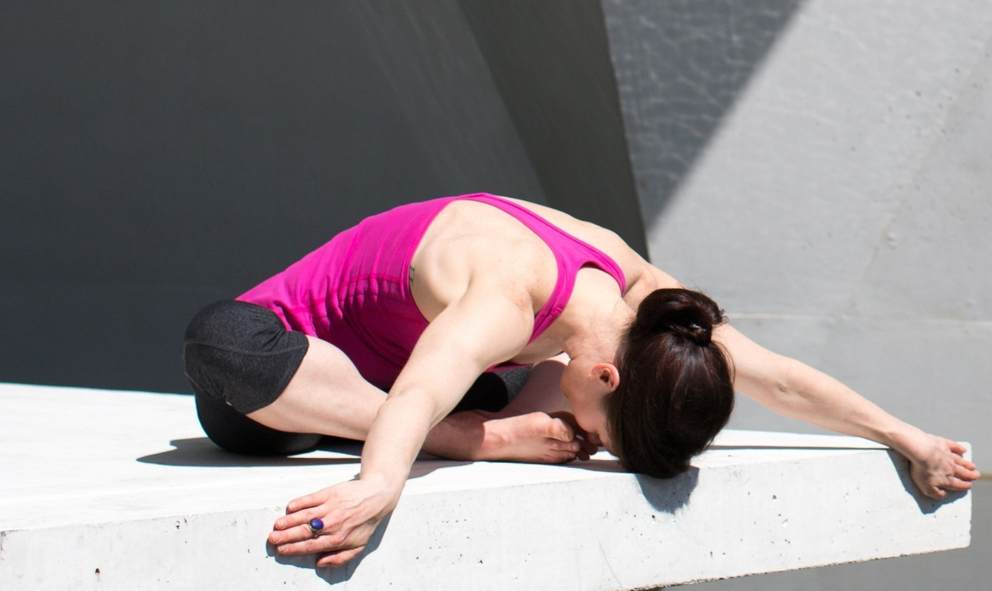 Yoga flexion dos